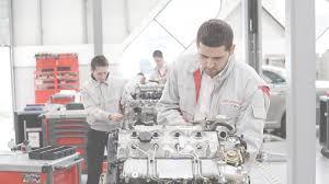 lexus glasgow careers toyota careers toyota apprenticeships toyota uk