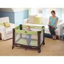 pack n play with changing table amazon com graco pack n play playard with newborn napper station
