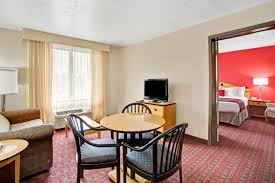 2 bedroom suites in salt lake city ramada salt lake city airport hotel salt lake city ut 84116 3715