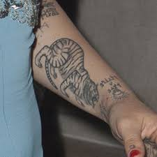 jemima kirke tiger forearm tattoo u2026 pinteres u2026