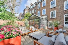 traditional russian dacha country home in the heart of chelsea