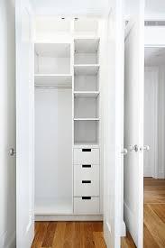 25 best ideas about small closet organization on small closet organizer ideas best 25 organizing closets on pinterest