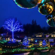 Oregon Garden Christmas Lights Butchart Gardens Holiday Lights Package Clipper Vacations