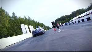 nissan gtr vs bike video find 850 hp nissan gt r battles hayabusa in drag race