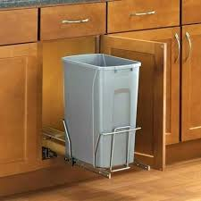 cuisine estrade poubelle de cuisine en bois poubelle pour cuisine intacgrace estrade