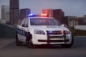 police camaro smackdown ford u0027s taurus police interceptor vs gm u0027s chevy caprice ppv
