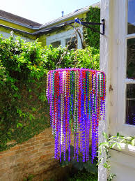 How To Make A Beaded Chandelier Mardi Gras Beads Chandelier Use Drying Peg Ring And Old Necklace