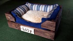 Building A Platform Bed Out Of Wooden Pallets by Make Great Dog Beds From Euro Pallets Themselves U2013 Dog Beds Made