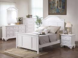 Country White Bedroom Furniture by Country Chic Bedroom Zamp Co
