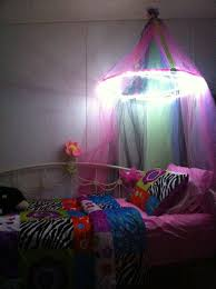 Princess Bed Canopy Outstanding Let Your Girl Feel A Princess 5 Diy Canopies For Kids