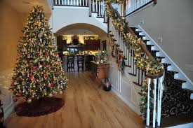 christmas homes decorated roberts home features beautifully decorated christmas trees homes