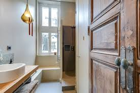 Modern Apartment Bathroom - modern apartment in paris designed by french interior designer