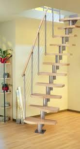 treppe spitzboden bodentreppe als platzsparender zugang zum dachboden bauemotion de