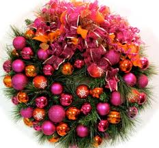 Tropical Christmas Decorations Outdoor by 28 Best Non Traditional Christmas Decorations Images On Pinterest