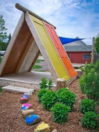 INSPIRED FORT AND TREEHOUSE DESIGNS FOR KIDS The Inspired - Backyard fort designs