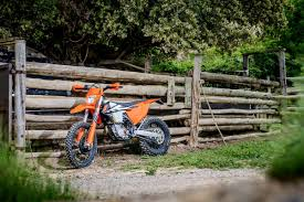 review 2017 ktm exc f and exc range motoonline com au