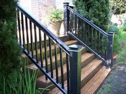 ringhiera in legno per giardino vantaggi delle ringhiere in legno scale e ascensori tipologie