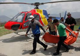 death on mount everest leads to risky effort to recover bodies