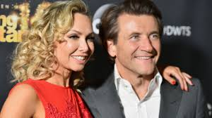 dancing with the stars u0027 couple kym johnson and robert herjavec are