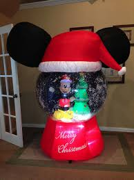 gemmy used mickey mouse snow globe airblown
