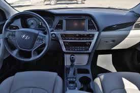 jeep srt 2006 2016 hyundai sonata plug in hybrid review autoguide com news