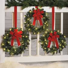 lighted christmas wreaths for windows brylanehome set of 3 cordless outdoor christmas things jpg 1 500