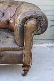 The Chesterfield Sofa Company by Best 25 Chesterfield Style Sofa Ideas On Pinterest Chesterfield