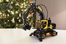 build your own volvo christmas tradition continues building the lego volvo ew160e