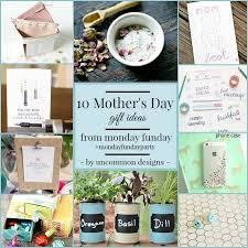 10 beauty gifts for mom mothers day gift guide 2017 10 mother s day gift ideas monday funday uncommon designs