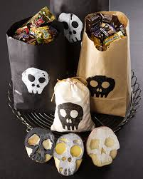 Halloween Party Favors Cute Food For Kids 27 Diy Creative Treat Bag Party Favor Ideas