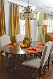 The Circular Dining Room by City Cottage In College Park Showcases Spirit