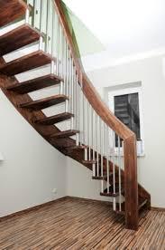 treppen kaufen treppen aus polen holztreppen mit montage alt tucheband 15328