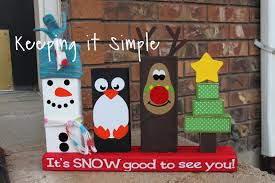 easy christmas decoration christmas 2x4 u0027s keeping it simple crafts