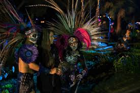 Aztec Halloween Costume 10 Amazing Halloween Costumes Music Technology