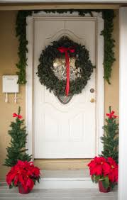 Red Ribbon Door Decorating Ideas Decorating Ideas Fascinating Decorating Ideas Using Rounded Green