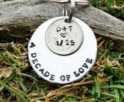 10 year anniversary gift husband the 25 best 10th anniversary gifts ideas on 10 years