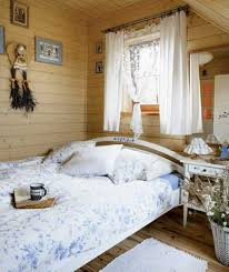 Cottage Style Bedroom Decor Charming Country Home Decorations Highlighting Cottage Style Decor