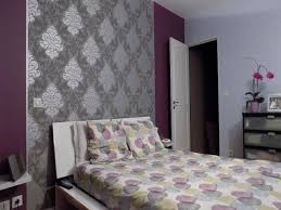 chambre grise et violette chambre adulte grise et mauve idées de décoration capreol us