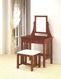 Diy Vanity Table Corner Makeup Vanity Table Simple And Cool White Diy