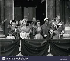 jun 06 1954 trooping the colour the royal family on the