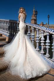 robe de mariã e traine robe de mariée création esperanza dos collection