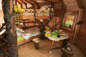 chambre arbre cabanes dans les arbres passez une nuit insolite au coeur des vosges