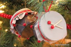 the feral turtle drum ornament in 12 easy steps