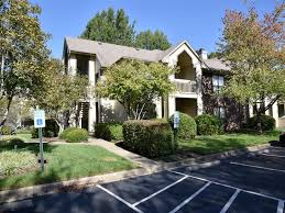 2 Bedroom Apartments For Rent Louisville Ky by Meadows Apartment Homes Rentals Louisville Ky Apartments Com
