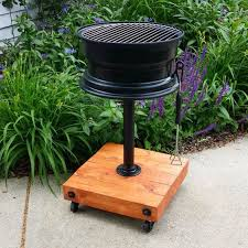 Grill For Fire Pit by 10 Creative Recycling Diy Grill Bbq And Fire Pit Projects U2022 1001