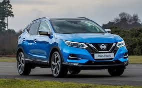 nissan renault comparison nissan qashqai black edition 2017 vs renault
