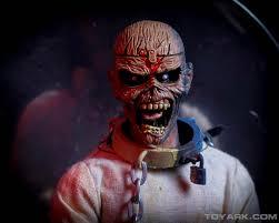 eddie halloween horror nights photo shoot neca iron maiden piece of mind eddie the toyark news