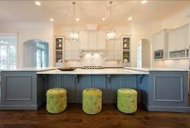 style de cuisine moderne table de cuisine blanche affordable chaises conforama chaise