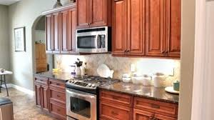 cheap knobs for kitchen cabinets kitchen cabinets knobs or handles dancingfeet info