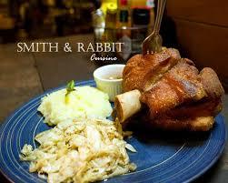 smith cuisine ขาหม แฮมเยอรม น ทอดกรอบนอก ฉ ำใน smith rabbit cuisine